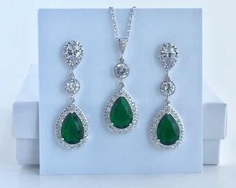 Green Crystal Bridal Jewelry Set Emerald Bridal Cubic Zirconia Set Green Wedding Teardrop Jewelry Set Green Bridesmaid Crystal Jewelry Set