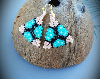 Handmade beaded peyote earrings, triangle earrings