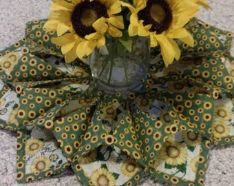 Sunflower fold and stitch wreath