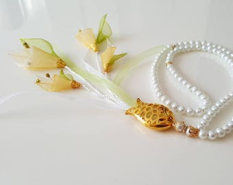 Tulip pendant necklace in gold metal rhinestones and Organza yellow green white flower with white glass beads