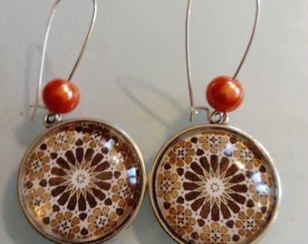 Earring dangle pendant vintage malaga, ethnic, Brown and white, orange