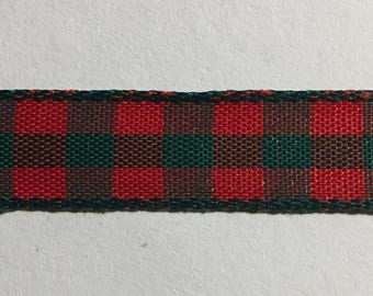 3/8 in Red and Green Checkered Ribbon