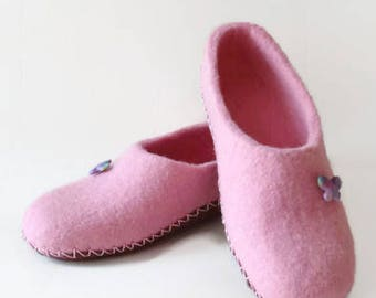 Wool Slippers Felted Slippers Women Slippers Pink Slippers Rose Slippers Warm Slippers Winter Clogs Organic Slippers Home Shoes Gift For Her