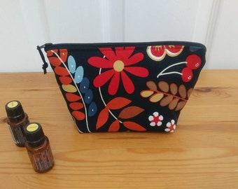 Black Garden Essential Oil Bag, Essential Oil Case, Essential Oil Travel Case, Essential Oil Pouch