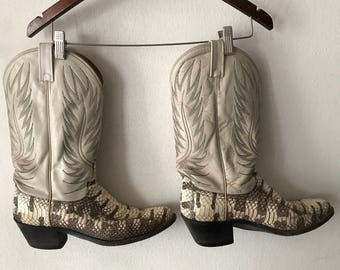 Beige men's boots from snake leather boots vintage style western boots cowboy boots old boots retro boots men's has size 10 1/2 US.