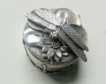Silver Scenes ? 1989 Dragonfly on Lily Trinket Box Pot
