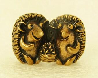 Figurine A Couple Of Hedgehogs