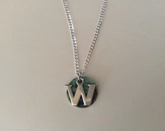 Initial W or O silver necklace