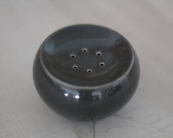 Russel Wright Charcoal Iroquois Casual Pepper Shaker, Russel Wright, 1950s Dinnerware, MCM Pepper Shaker, 1950s Design