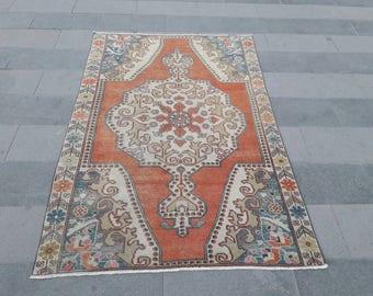 "Vintage Rug, Turkish Rug, Vintage Turkish Rug, Area Rug, Oriental Rug, Knotted Rug, Bohemian Rug ! Feet : 4'5"" x 7', Free Shipping !"