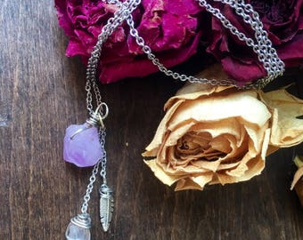 Long chain crystal pendant necklace