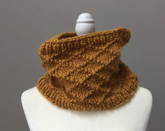 Knit cowl/neck warmer