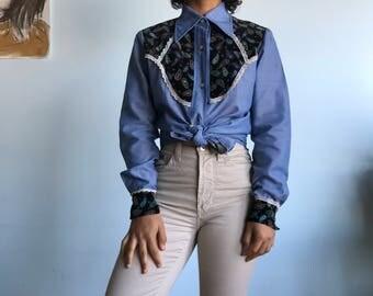 Vintage sz M blue button down paisley western top