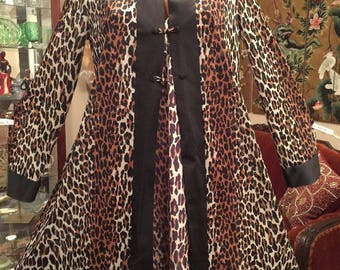 Vintage Vanity Fair Leopard Short Nightgown Robe Blended Set Medium Large