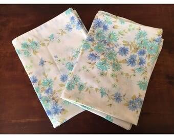 2x vintage pillowcases