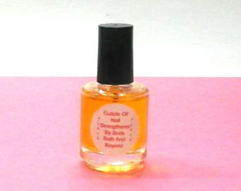 Cuticle Oil / Nail Strengthener / Nail Treatment / Nail Growth Formula / Brittle Nails / Damaged Nails / Cuticle Care
