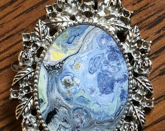 "Silver Pendant - 1-1/2"" Tall Oval Ornate Framed Bezel - Resin Coated - Acrylic Paint (OM-004)"