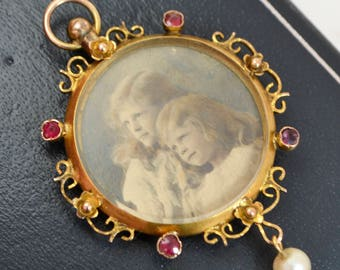 Chester 1907 Antique 9ct Yellow GOLD Unusual DOUBLE SIDED Glass Photo Locket Pendant