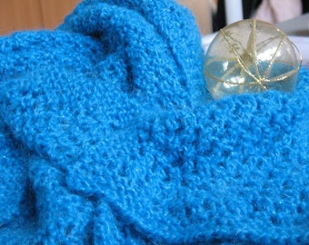 Blue knit openwork lace scarf