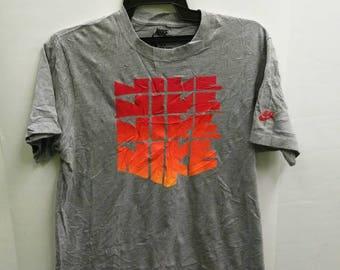 Nike Block Shirt Big Logo Sportswear Street wear Top Tee T Shirt Gray Color Size L slim fit emblem