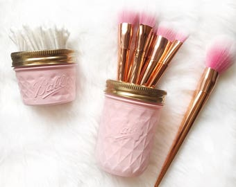 Soft Pink makeup brush holder, makeup organiser, baby pink Mason Jar decor, makeup storage, rose gold desk accessories, pen pot, ball mason