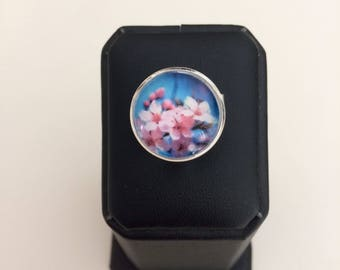 Ring adjustable cabochon blue cherry blossoms
