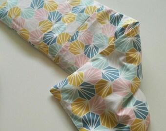 Heating pad - Scandinavian graphic fabric