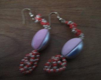 Original strip grey, pink earings.