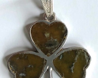 Sterling Silver Pendant three leaf clover shamrock green/brown stone hallmarked