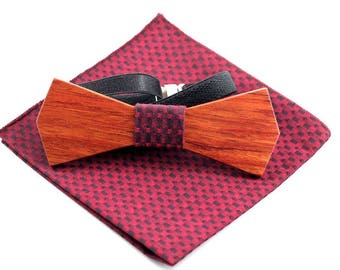 Rosewood Wooden Bow Tie with matching Pocket Square