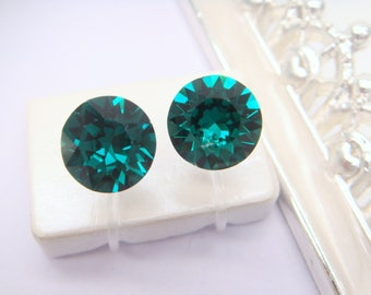 Emerald Swarovski crystal Invisible clip on earrings,Birthstone,May,Clip On Earrings,non pierced earring,Clip-ons,gift for women