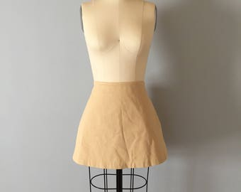 sand yellow mini skirt || 90s mini skirt || stretch cotton skirt