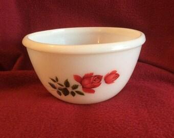 """Pyrex JAJ June rose Mixing Bowl 1.5 pint appx 6"""" diameter"""