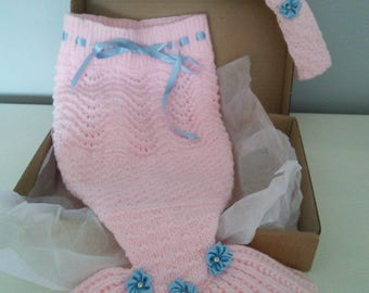0-6 Beautifully hand knitted baby girls mermaid tail Blanket and headband gift set BOXED baby cocoon, sleeping bag Papoose baby shower gift