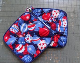 Patriotic Balloon Hot Pad Set