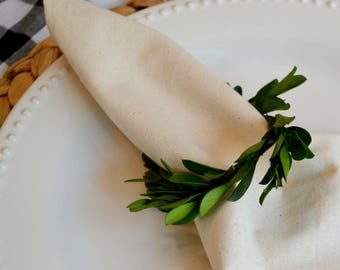 French Country Boxwood Napkin Rings (Set of 8)