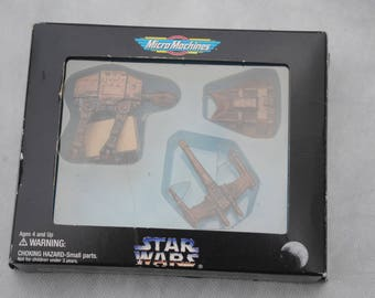 Highly Collectable Collectible Vintage Star wars Micro Machines galoob 1995 - Promotional boxed Bronze set