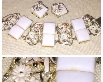 Anniversary Sale Vintage Thermoset White Breath of Spring Bracelet and Earring Set