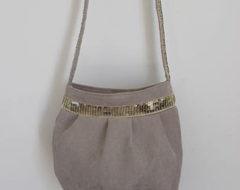 Small suede purse from taupe and light gold glitter band