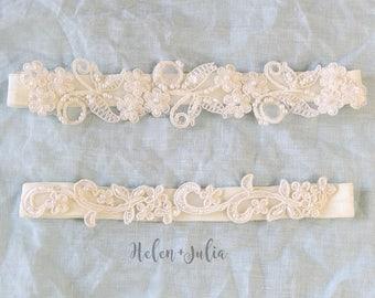 Ivory Wedding Garter, Ivory Flower Lace Bridal Wedding Garter Belt, Beaded Lace Wedding Garter, Wedding Toss Garter, Ivory Toss Garter
