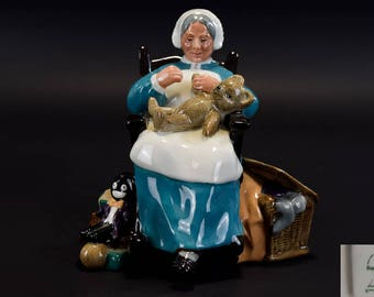 Royal Doulton Early Figure ' The Nanny ' HN221. Designer M. Nicol. Issued 1958 - 1991.