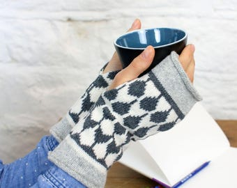 Cashmere knitted wristwarmers - fairisle pattern - Luxury fingerless mitts - grey ivory mittens - machine knitted