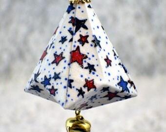 red & blue stars on white #410