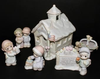 """Precious Moments Sugar Town """"Schoolhouse"""" -6 Pc LIGHTED Set- Schoolhouse, Merry-Go-Round, Marquee, Aunt Cleo and Bulah, Uncle Sam, Heather"""