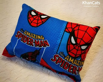 "Catnip Hugger - Cat Toy ""Spiderman"""