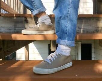 Simple Women's Canvas Shoe