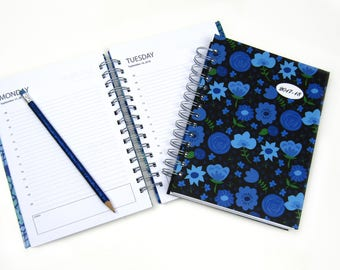 2017 - 2018 Daily academic planner / hardback diary, school planner, agenda