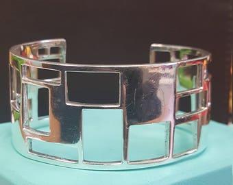 "Zina 925 ""Windows"" Cuff Bracelet"