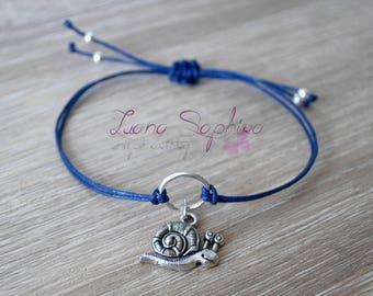 Elegant bracelet blue snail
