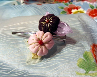 Hair clip two pink and purple Tsumami Kanzashi flowers